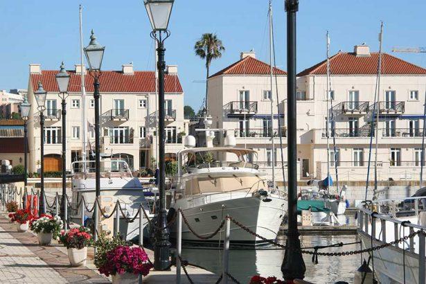 gibraltar-residential-marina